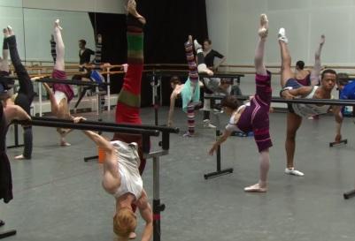 Corpo de baile em aula