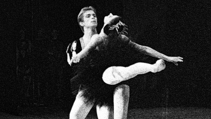 Nureyev e Fonteyn no pas de deux do Cisne Negro. Foto: A Life in Dance Exhibition Preview