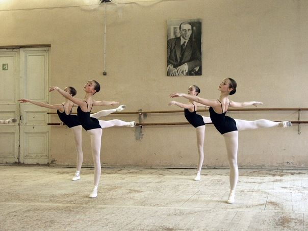 4arabesque_vaganova