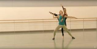 Ensaio de Romeu e Julieta da companhia convidada Northern Ballet