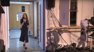 Kristen McNally volta à apresentação