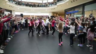 Nutcracker Flash mob! (Photo: Playback / YouTube)